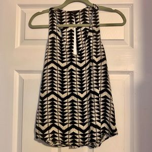 ⭐️Ella Moss silky sleeveless blouse NWOT Small